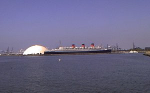 The Queen Mary at Long_  Beach